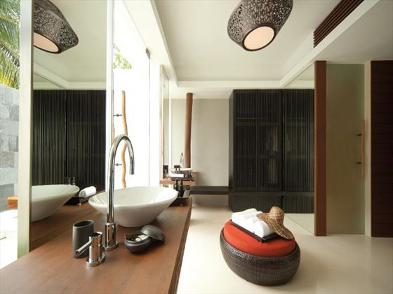 Park Hyatt Hadahaa Resort Park Villa bathroom
