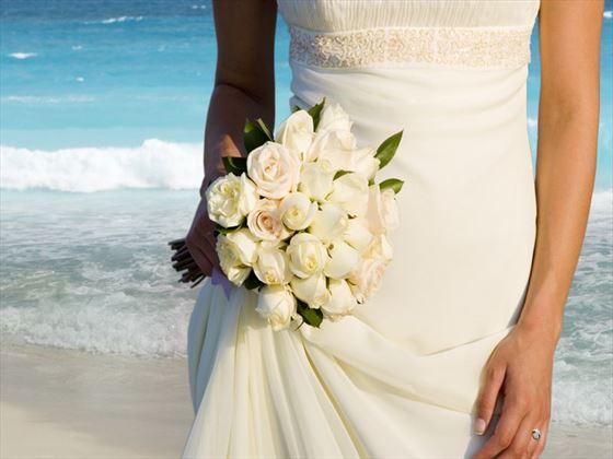 Beautiful weddings at Playacar Palace