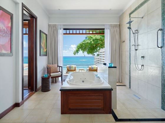 The Hilton Norholme Grand Ocean Pool Villa - Bathroom