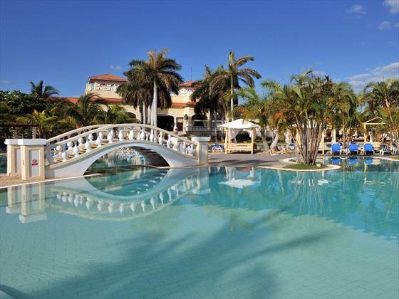 Princesa Del Mar pool