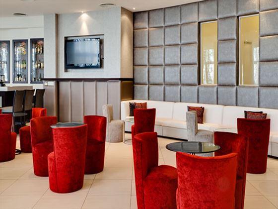 Protea Hotel President lobby