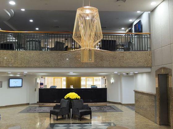 Quay West Suites Sydney lobby