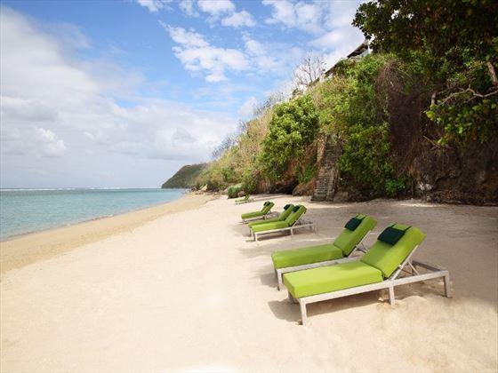 Samabe beach loungers