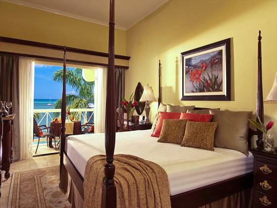 Sandals Negril Beach Resort & Spa Grande Luxe Beachfront room