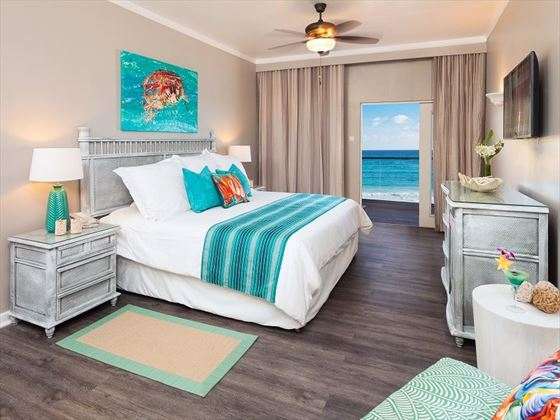 Sea Breeze Beach House, Classic Ocean View Room