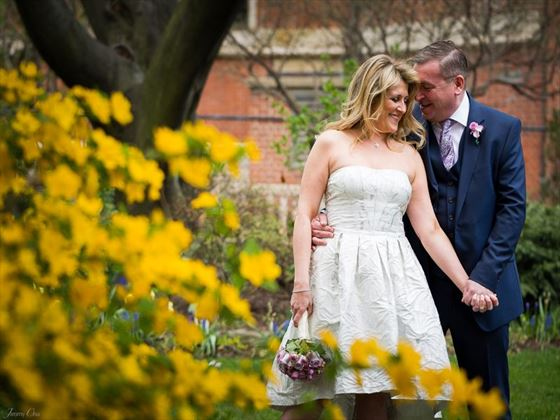 Beautiful weddings in Jefferson Market Garden