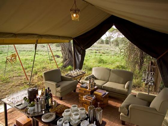 Serengeti Under Canvas sitting area