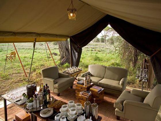 Serengeti Under Canvas sitting area