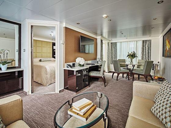 Seven Seas Navigator, Navigator Suite