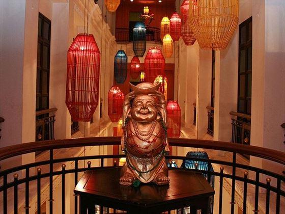 Shanghai Mansion Bangkok decor