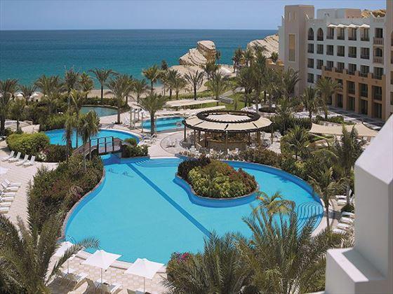 Shangri La Barr Al Jissah Al Waha Pool