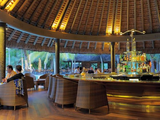 Sirius bar at Shandrani Resort & Spa