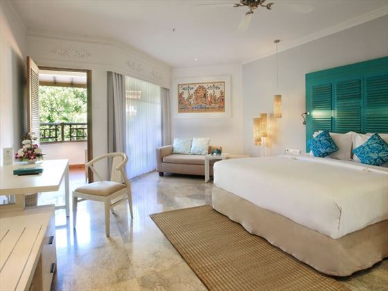 Xtra Beach House Silver Room at Sol Beach House Melia Benoa