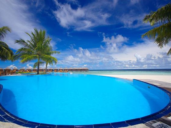 Spacious outdoor swimming pool at Filitheyo Island Resort