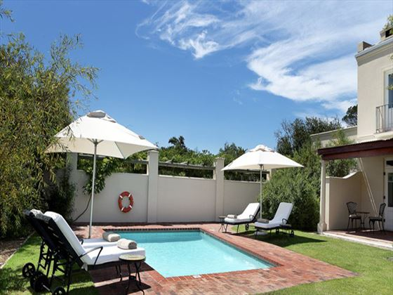 Spier Hotel courtyard pool