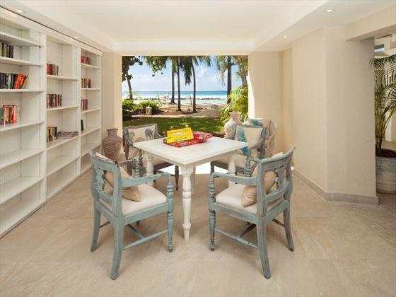 Beachront lounge