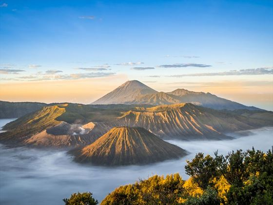 Sunrise at Mount Bromo in Jawa, Indonesia