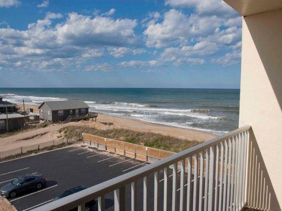 Surf Side Hotel exterior, Nags Head, North Carolina