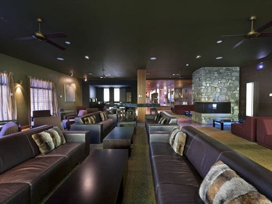 Frond Lounge Bar
