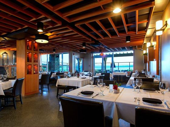 The Beach Club Resort, Pacific Prime Restaurant
