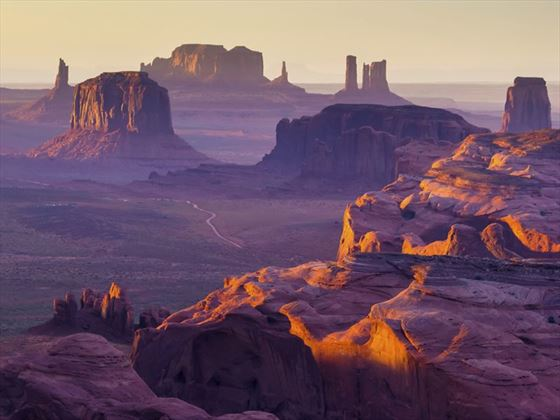 The Hunt's Mesa, Monument Valley