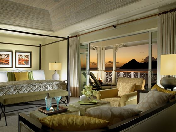 The Landings Villa Suite bedroom