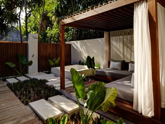 The Vidhun Spa gardens at Park Hyatt Hadahaa Resort