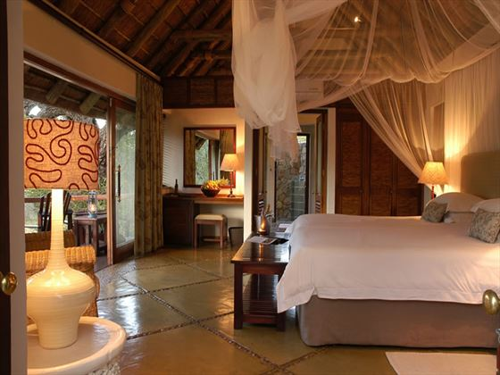 Thornybush Game Lodge luxury room