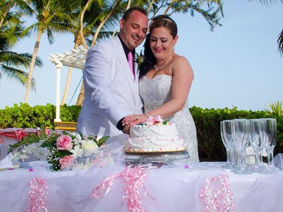 Shandrani wedding cakes