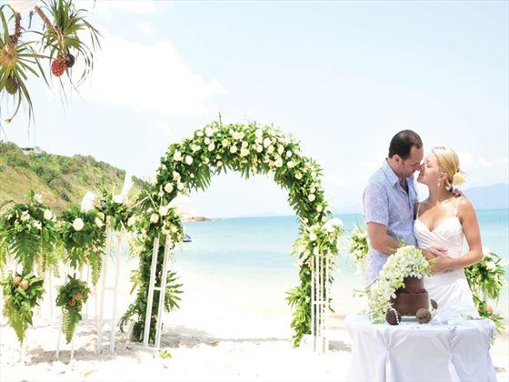 Gorgeous weddings at the Melati Beach Resort & Spa