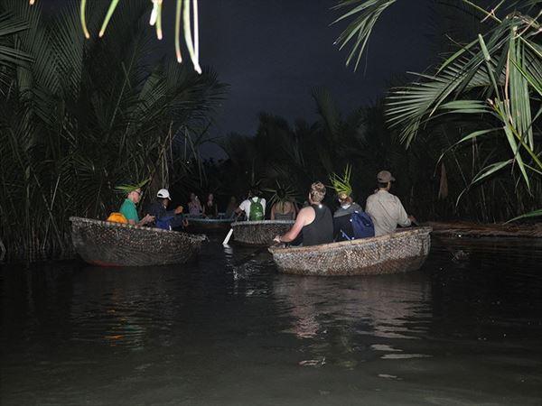 claire aldegather vietnam boat trip
