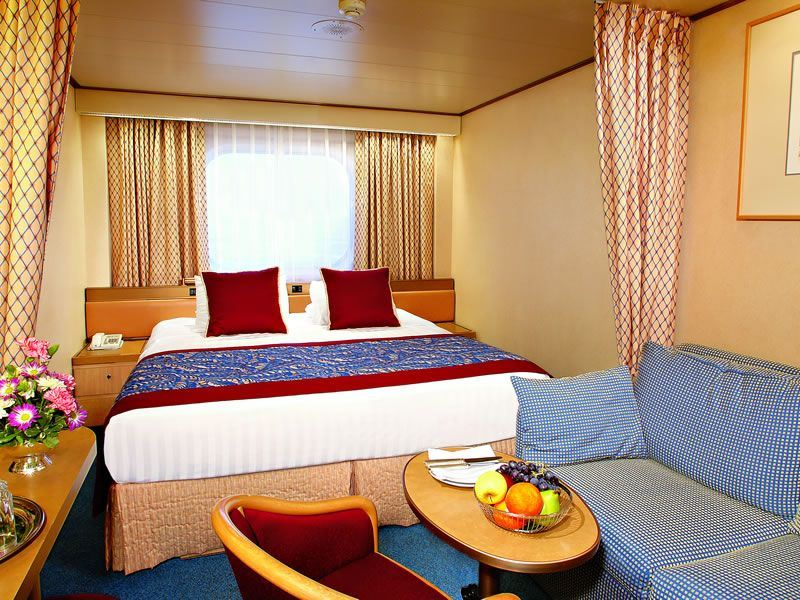 Holland America ms Volendam, large outside double stateroom