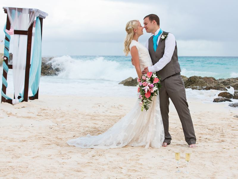 SeaBreezeBeachHousewedding