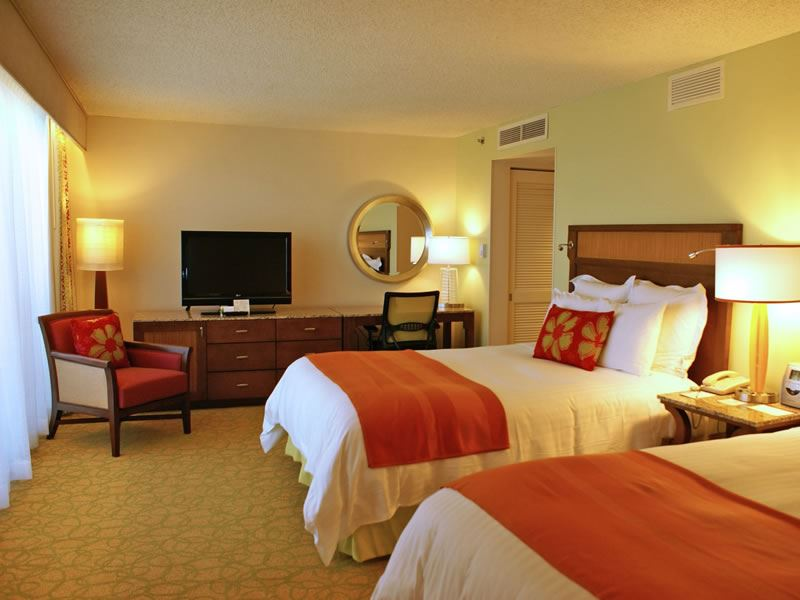 Double guestroom, Waikiki Beach Marriott Resort and Spa, Waikiki
