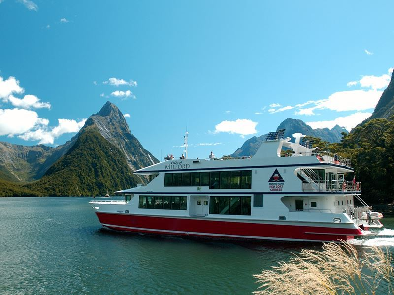 boat tours milford sound fiordland tourism holdings