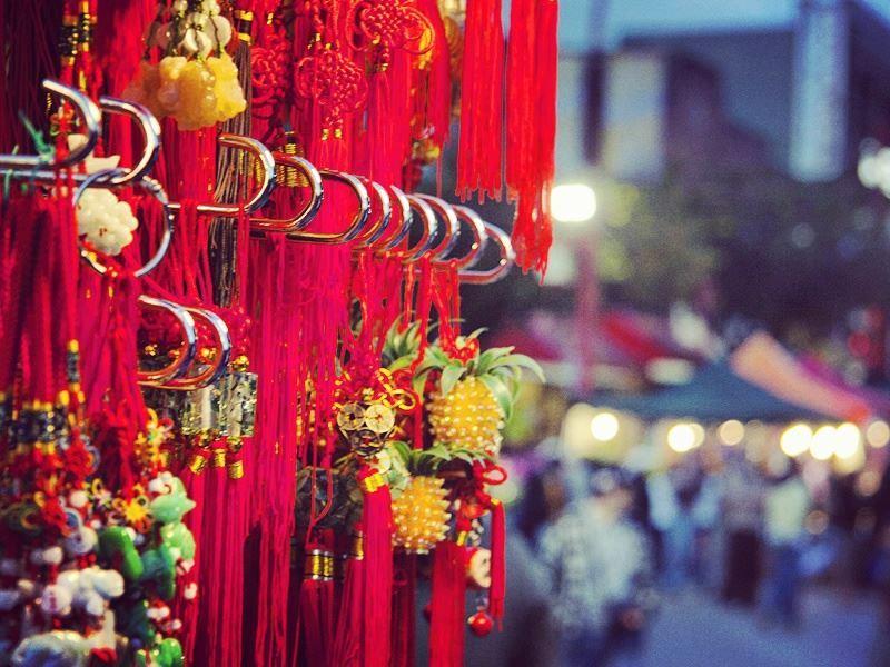 chinatown night market vancouver