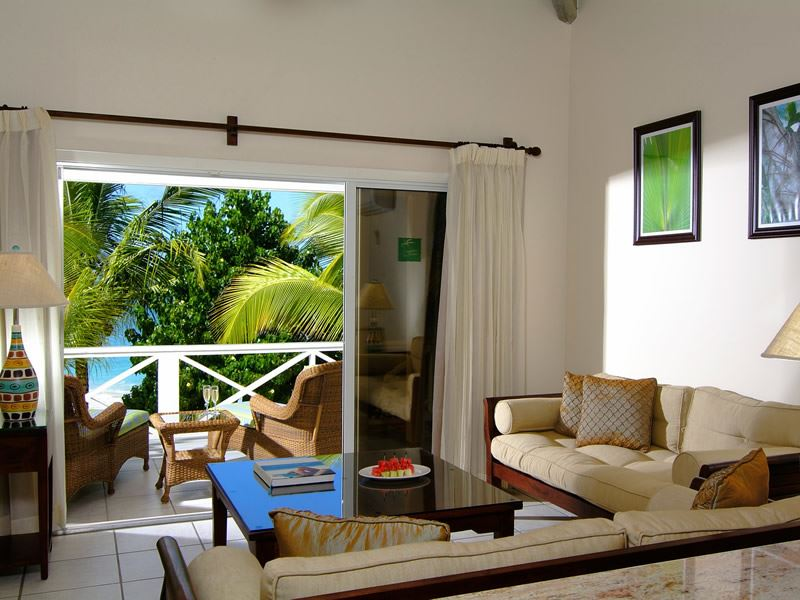 galley bay premium beachfront suite living area