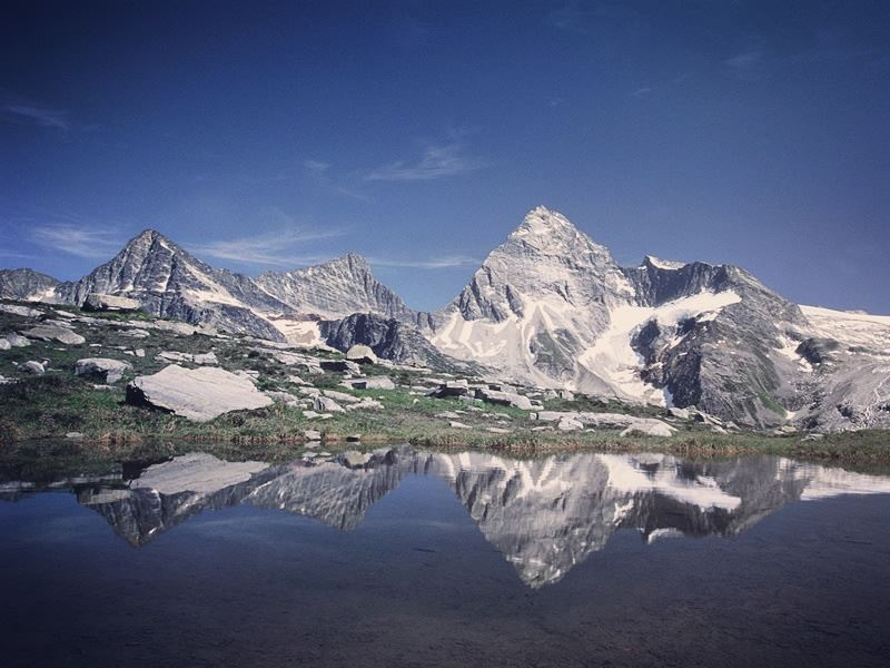 mount sir donald and illecillewaet glacier british columbia