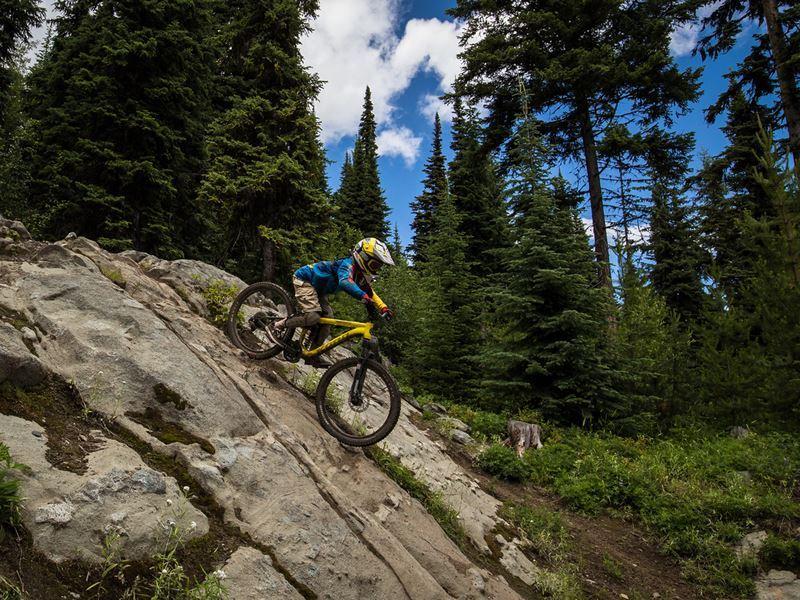mountain biking sun peaks