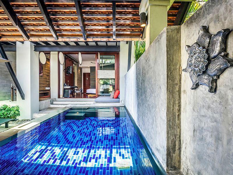 pool suite pool 02