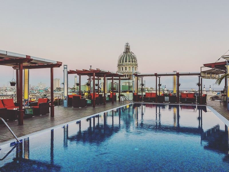 rooftop pool at hotel saratoga havana
