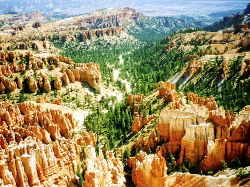 scenic bryce canyon
