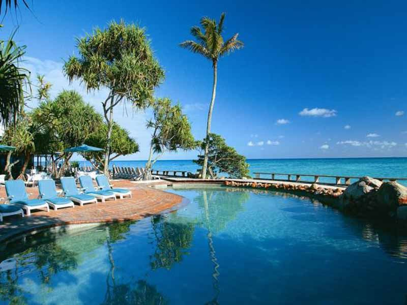 swimming pool at heron island