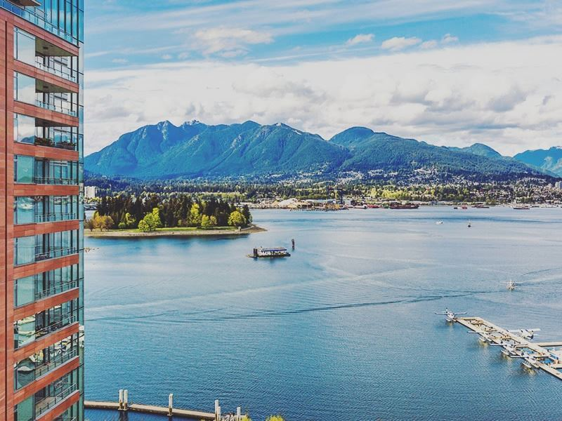 view harbour stanley park north vancouver pinnacle hotel harbourfront
