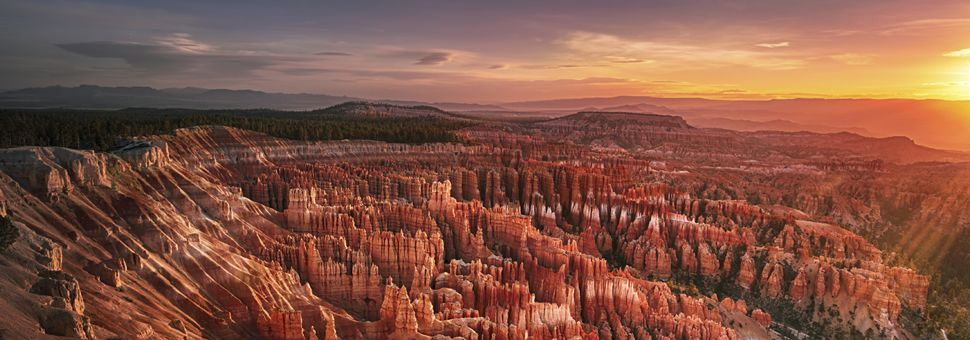 Dawn over Bryce Canyon