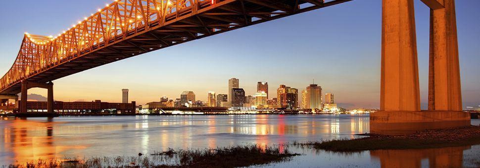 New Orleans bridge across the Mississippi River
